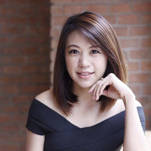Aliza Napartivaumnuay Co-founder, Socialgiver